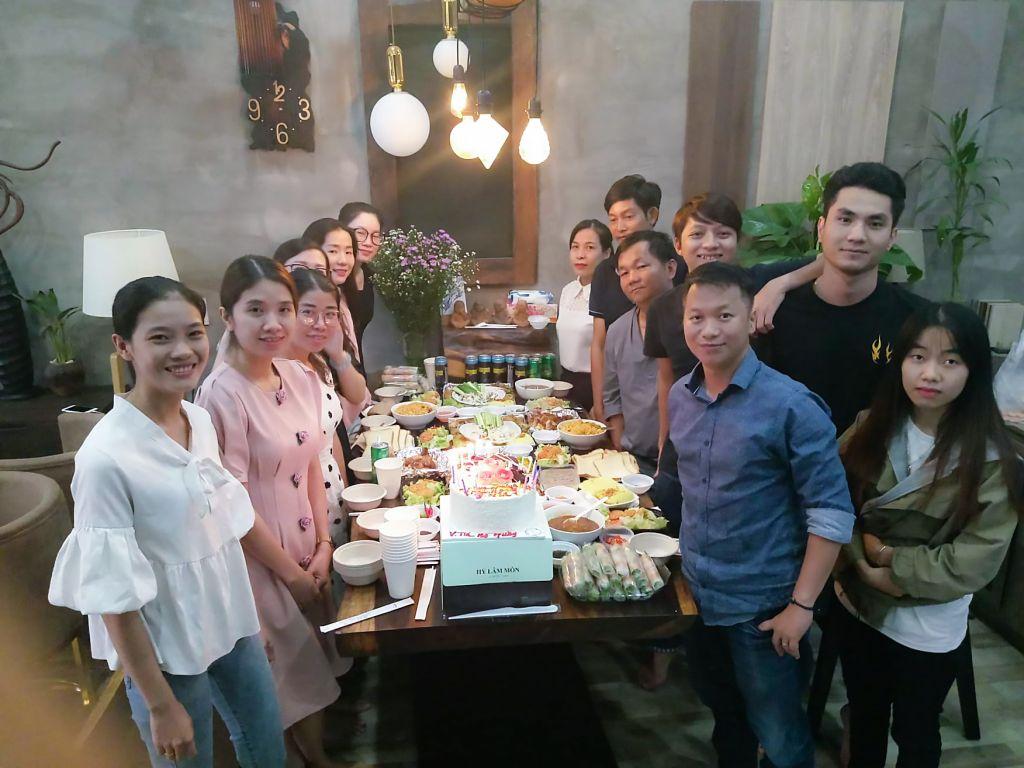 Thước Tầm Group chúc mừng sinh nhật nhân viên có ngày sinh nhật quý 2 và quý 3/2019